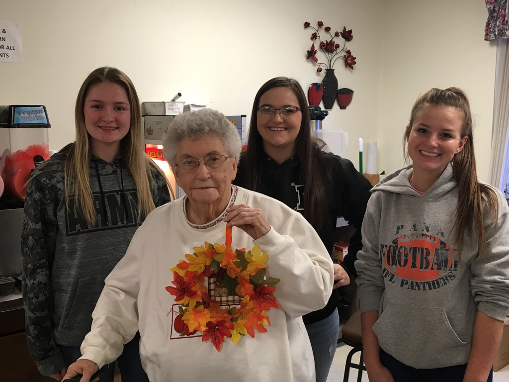 Good Deeds Group members and Heritage Health resident.